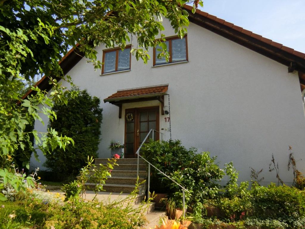 Haus_vorne_quer